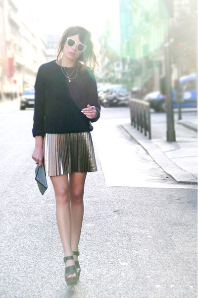 gold H&M skirt - navy Ekyog purse - light pink H&M sunglasses - black Zara heels