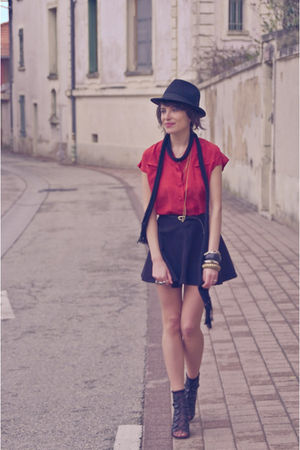 red vintage shirt - black American Apparel skirt - black Office shoes