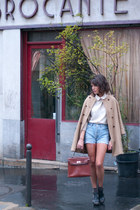 brick red vintage bag - black Zara shoes - tan Zara coat - blue Levis shorts