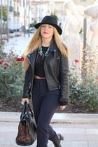 Zara boots - Zara coat - cuero Zara bag