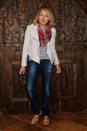 white striped JCrew top - navy H&M jeans - off white moto style vintage jacket
