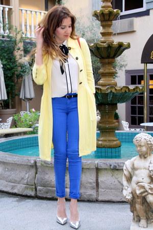 light yellow maxi coat Kika Paprika jacket - blue Forever21 jeans