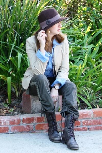 brown Steve Madden boots - dark brown felt fedora Jessica Simpson hat