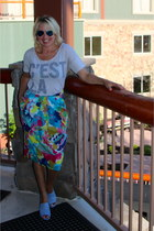 sky blue midi floral JCrew skirt - turquoise blue aviator Ray Ban sunglasses
