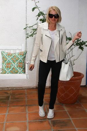 white Michael Kors purse - off white Forever 21 jacket - white H&M t-shirt