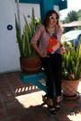 Light-pink-tweed-cropped-kika-paprika-jacket-off-white-vogue-sunglasses