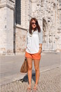 Bershka-shorts-zara-top-stradivarius-sandals