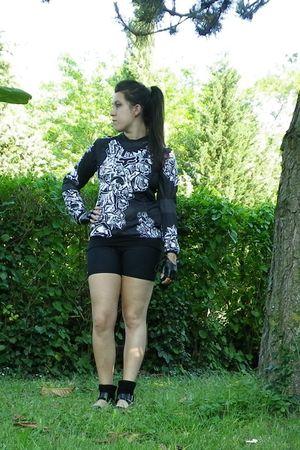 black top - black shorts - black shoes