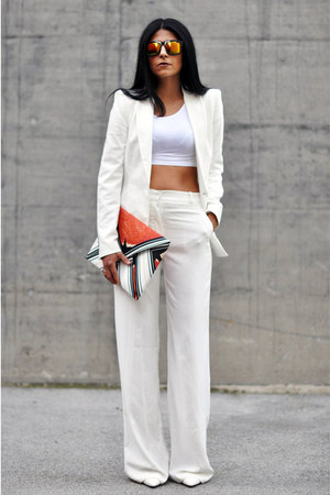 white Zara blazer - carrot orange clutch Zara bag