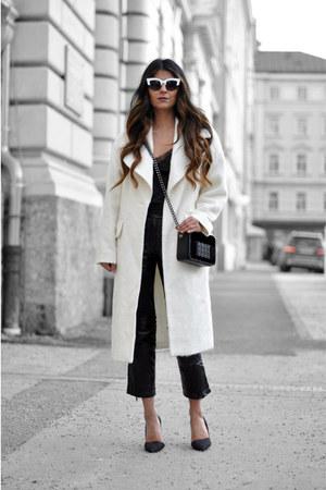 chain H&M bag - eggshell oversized asos coat - cat eye asos sunglasses