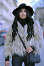 Black-fedora-warehouse-hat-tan-fur-zara-coat-black-crossover-zara-bag
