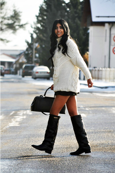 white oversized Zara sweater - black Zara boots - black Zara bag