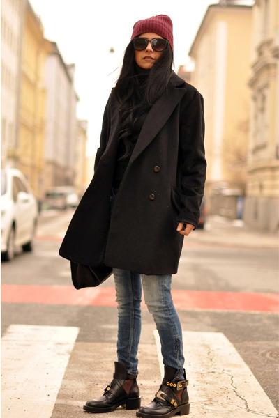black derby cut out balenciaga boots - black boyfriend Mango coat