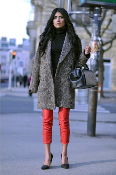 light brown oversized Mango coat - black doctors Zara bag