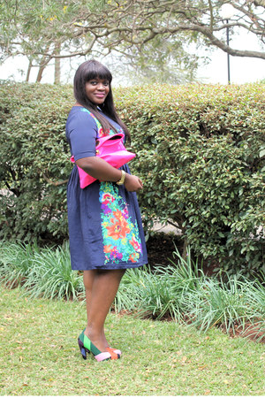 floral asos dress - hot pink clutch asos bag - mixed colors united nude heels
