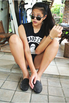 Ksubi top - moto Topshop shorts - clubmaster rayban sunglasses - spiked loafers