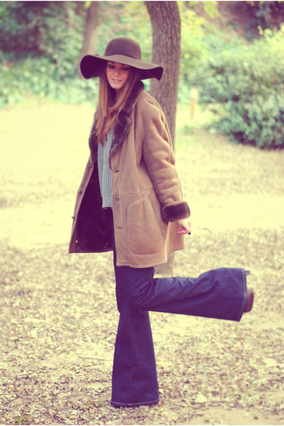 vintage coat - Zara jeans