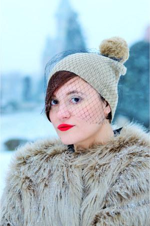 camel faux fur Roxis fine cut jacket - camel wool meli melo hat