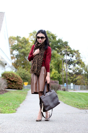 Forever 21 skirt - ann taylor shoes - J Crew sweater - J Crew scarf - Chanel bag