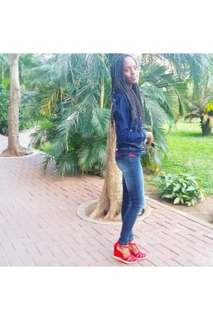 red suede Bershka heels