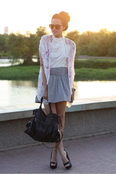light pink light Forever 21 vest - black black pull&bear bag