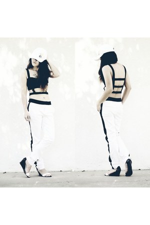 black Minx Apparel top - white Forever 21 pants - black Shoedazzle sandals