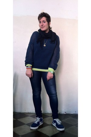 blue Calliope sweater - navy Stradivarius jeans - blue nike sneakers