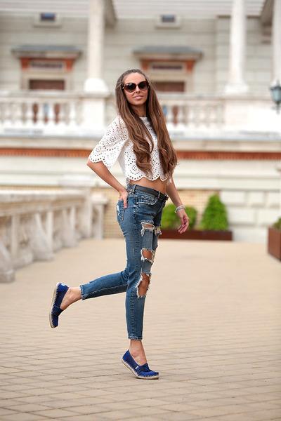 Zara-jeans-zara-top-toms-flats