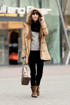 Camaïeu coat - Bershka boots - Stradivarius jeans - Guess bag