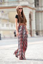 Givenchy sunglasses - Zara pants - H&M top