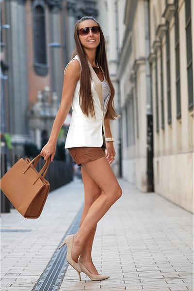 Mango shoes - Stradivarius shorts - Mango vest