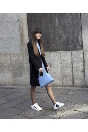 Gant jacket - Gant shirt - Louis Vuitton bag - Adidas sneakers - Gant skirt