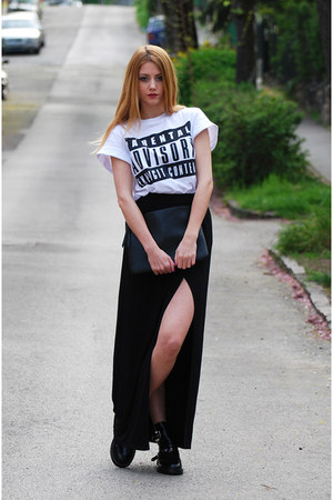 letters print PERSUNMALL t-shirt - cut out Jessica Buurman boots