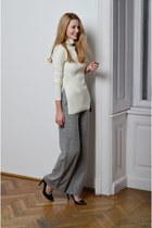 black Jessica Buurman bag - ivory turtleneck Vogos sweater - black Zara pumps