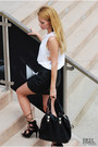 Black-mini-skirt-h-m-skirt-white-sleeveless-h-m-top