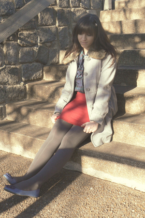 silver H&M coat - blue thrifted blouse - red thrifted skirt - gray HUE tights -