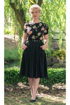 black Seamstress of Bloomsbury blouse - black midi modcloth skirt