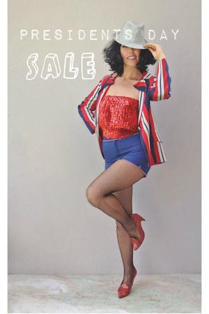 red vintage blazer - vintage hat - navy vintage shorts