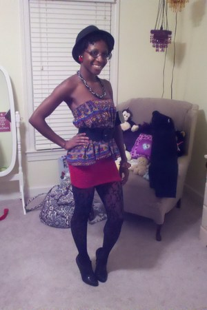 blouse - stretchy shirt - floral print tights - shimmery heels