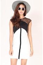 Flauntcc-dress
