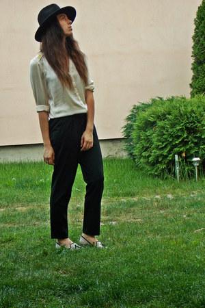 H&M hat - H&M shirt - Zara pants
