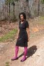 Black-dress-hot-pink-flower-details-stockings
