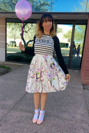 white floral Choies skirt - light pink t-strap shoes