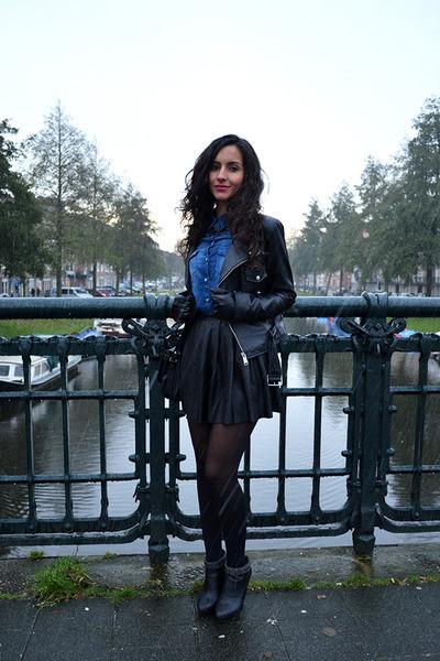 Supertrash-boots-denim-zara-blouse-pleated-leather-nelly-skirt
