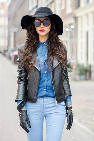 Aldo boots - Zara blouse