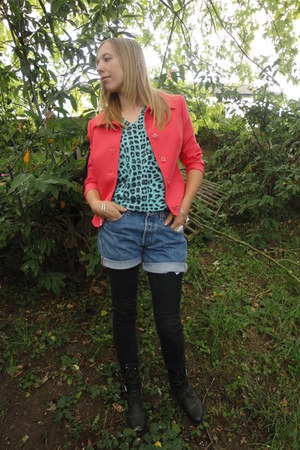 Vintage from Fox VIntage blazer - Vintage from Fox VIntage shorts - Vintage from