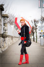 Red-lidl-boots-black-second-hand-jacket-red-foxy-green-sweater