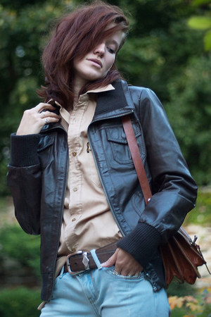 dark brown leather Secondhand jacket - brick red leather Secondhand bag