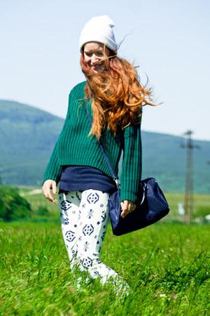 dark green old sweater