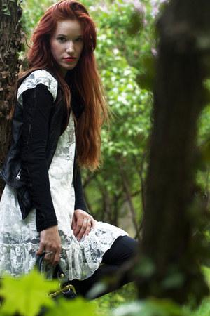 white lace second hand dress - black vintage handbag second hand bag